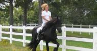 Балансиран седеж върху коня при езда