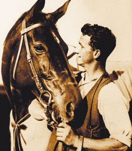 legendary-racehorse-Phar-Lap_-6102203